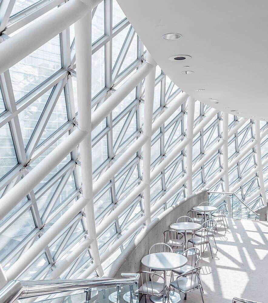 Filigrane moderne Archiektur, Cafeteria | SQL Solutions | Walter Putz