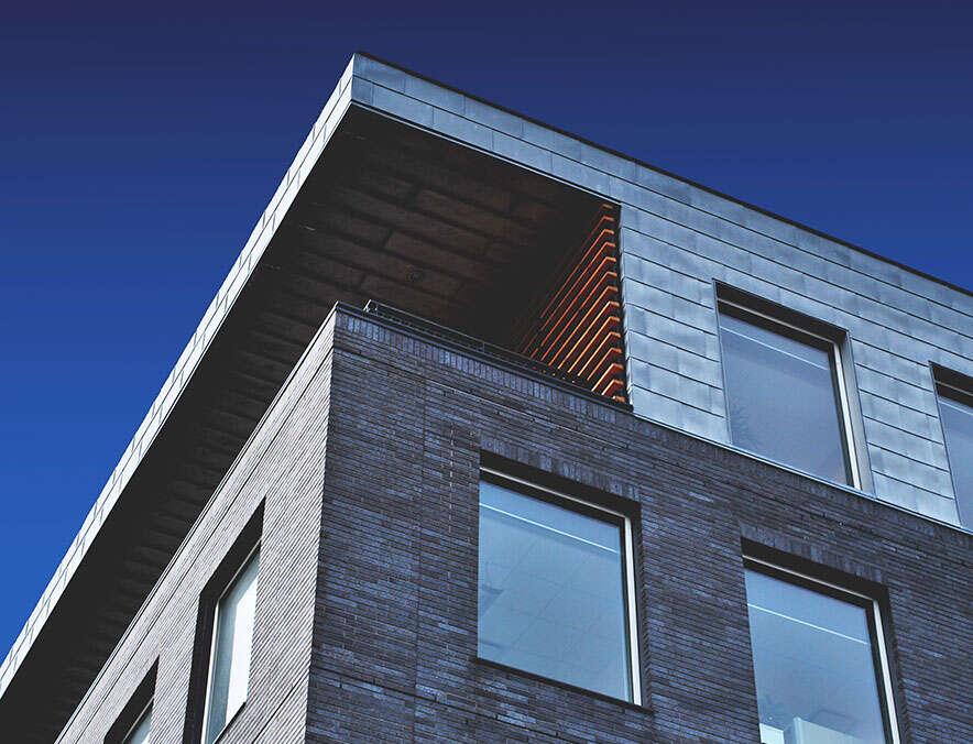 Dach modernes Haus   SQL Solutions